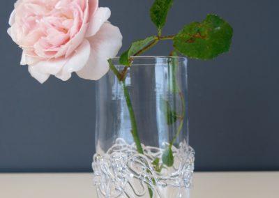 Drizzle vandglas med blomst