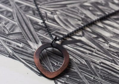 Teardrop pendant copper